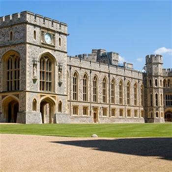 Castle, Manor or Gardens